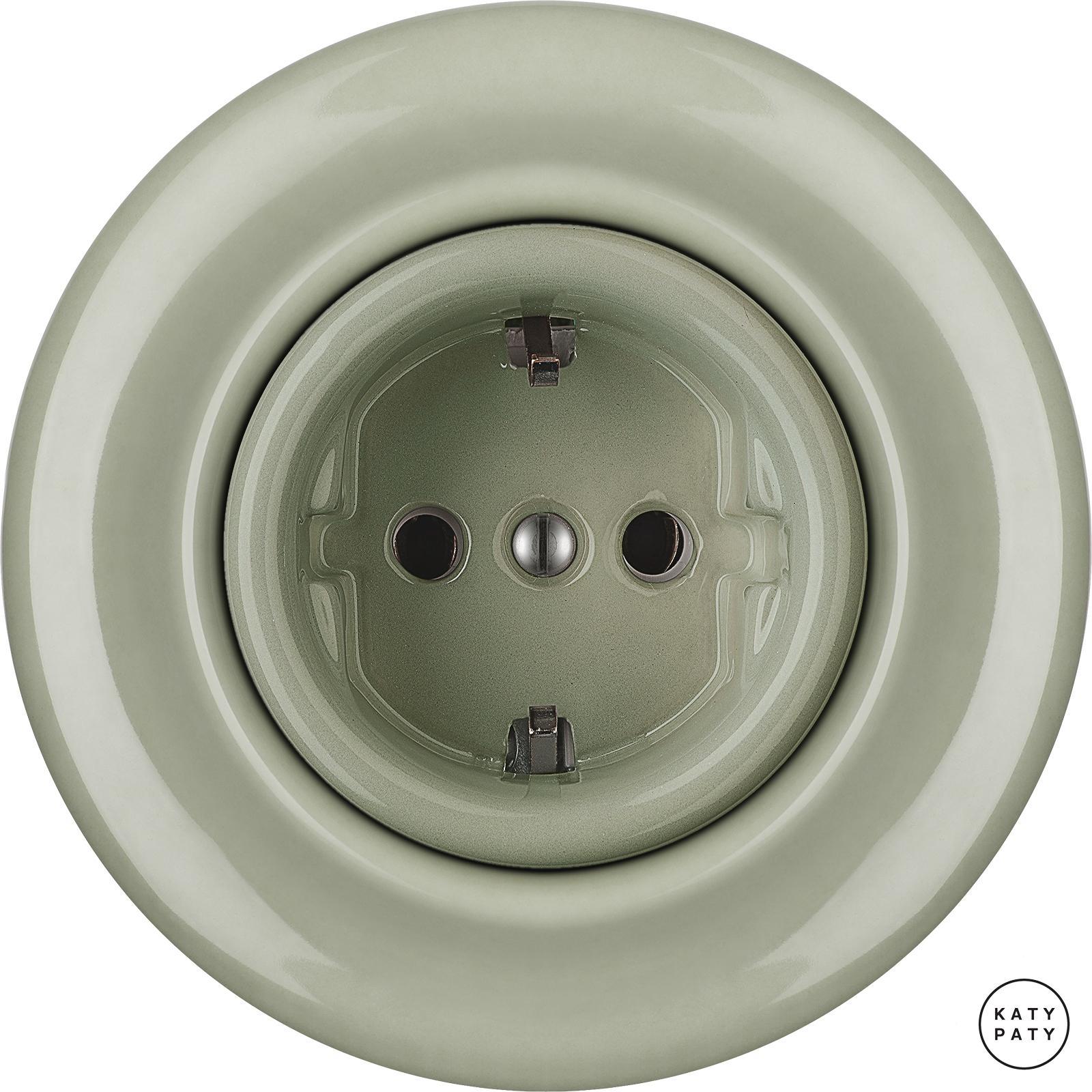 roo stopcontacten schuko chlora katy paty. Black Bedroom Furniture Sets. Home Design Ideas